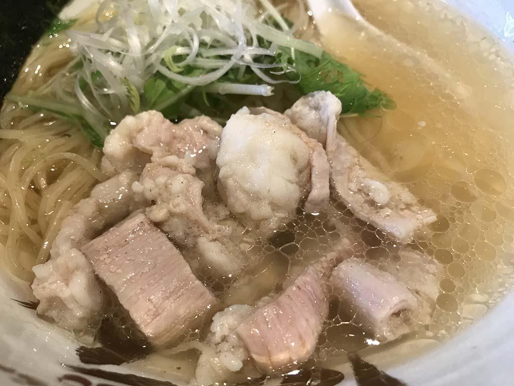 麺匠 大阪らーめん しおじん 堺東店 てっちゃんらーめん塩てっちゃんアップ