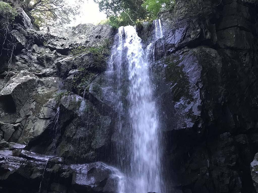 鮎屋の滝アップ1